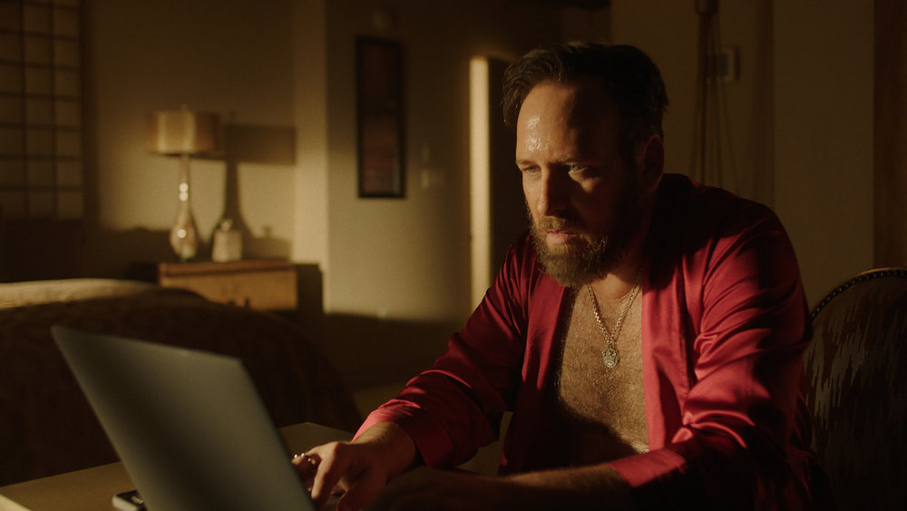 """QUEEN OF THE SOUTH -- """"More Money More Problems"""" Episode 505 -- Pictured in this screengrab: Ryan O'Nan as King George -- (Photo by: USA Network)"""